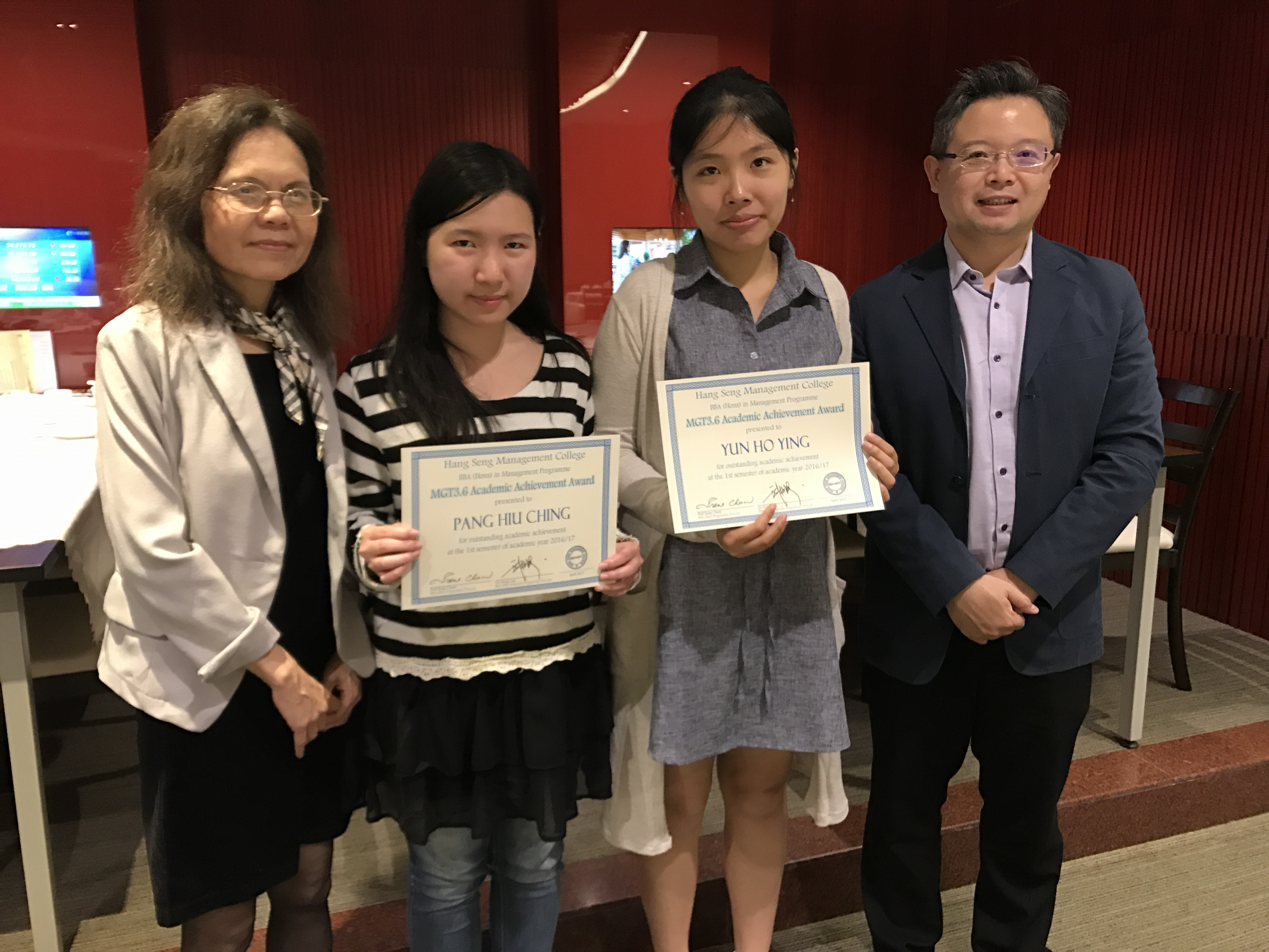 Prof Chow and Dr Man celebrated with the awardees on their outstanding academic performance.