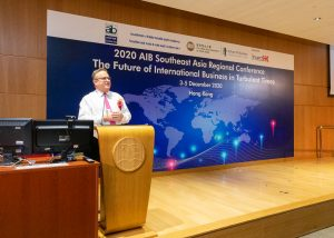 Mr Stephen Phillips, Director-General of Investment Promotion, Invest Hong Kong, was giving a keynote speech.
